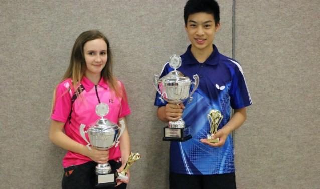 Jeugdclubkampioenen Julie de Kock en Dave Tse.