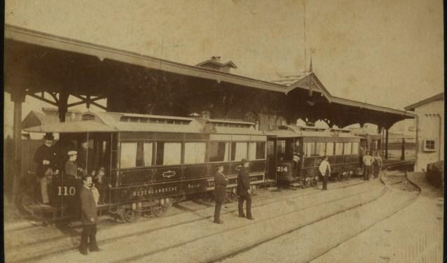 Het oude tramstation (Foto: C.P. Wollrabe sr., collectie Haags gemeentearchief)