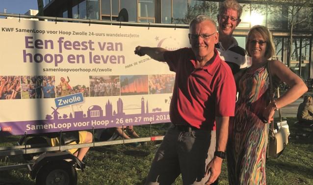 Carlo Duinkerken, Robert Immink en Sjalien de Leeuwe zetten zich met veel enthousiasme in voor de KWF SamenLoop voor Hoop Zwolle.