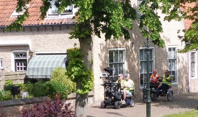Langzaam verplaatste de Moving Citycam zich door Linschoten (Foto: Janneke Severs-Hilgeman)