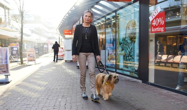 Helma Verhoeven maakt zich hard voor assistentiehonden en hun baasjes. (foto: eigen foto)