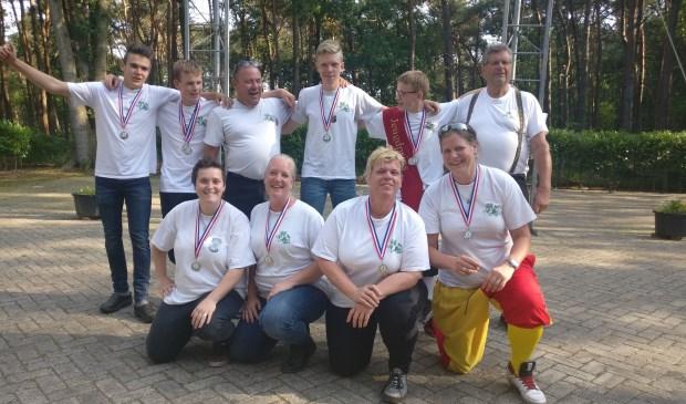 Het Gilde Sint Joris van Onsenoort en Nieuwkuijk sleepte maar liefst 10 medailles in de wacht.