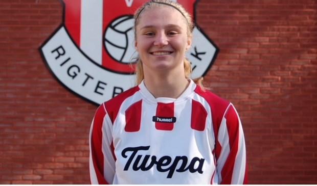 Rachel Kleine (17) speelt volgend seizoen voor Jong FC Twente Vrouwen.