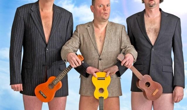 Het waanzinnige trio 'Enge Buren' trekt met hun muzikaal cabaret trekken al ruim 20 jaar volle theaterzalen en ze zijn bekend van het nummer 'Pizza Canzone' en vele andere hits. FOTO: Alain Baars.
