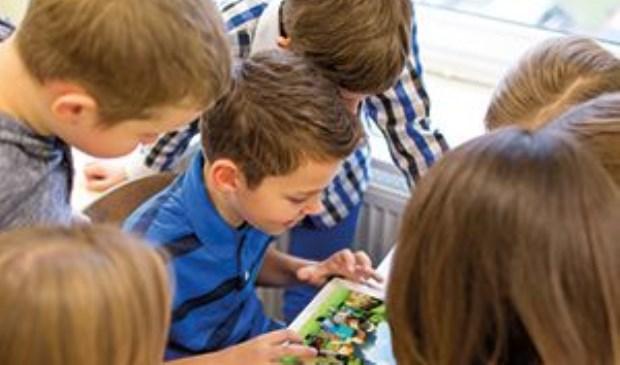 Met online platform Happy Life is er nu één communicatiekanaal beschikbaar waarmee alle kinderen bereikt kunnen worden.