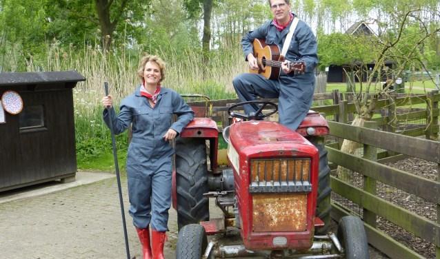 Tante T en Boer Henk (Foto: PR)