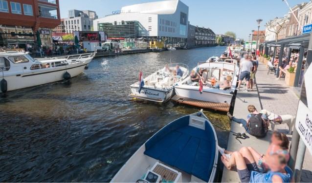 Uitzicht op het Rijnplein, onderdeel van het winkelcentrum van Alphen aan den Rijn.
