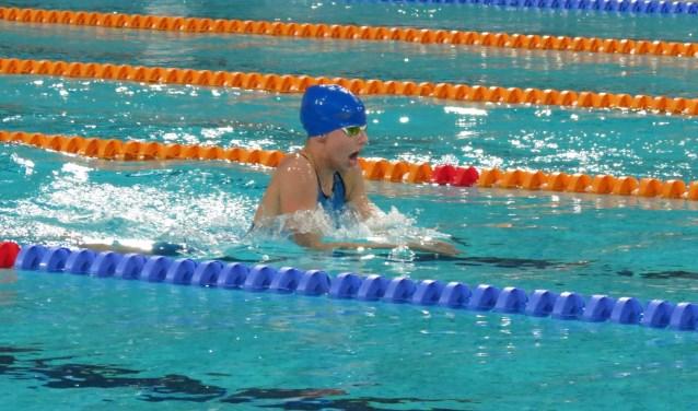 Colinda in actie op de Nederlandse jeugd- en juniorenkampioenschappen. (foto: Irma Verweijmeren)