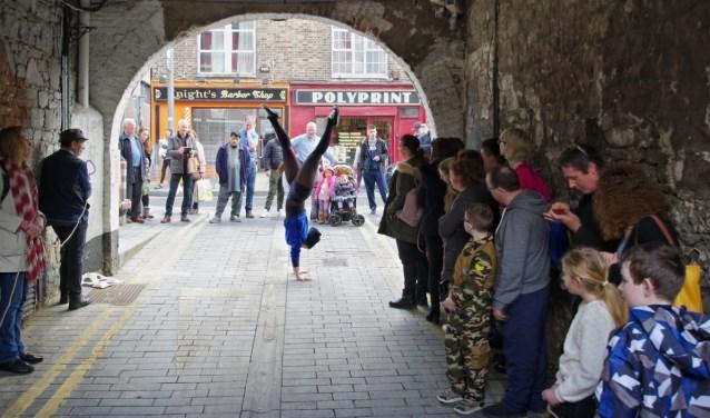 Severine de Maleingreau, artiestennaam Sevesfeathers, is op zoek naar performers voor haar project In the City Still.