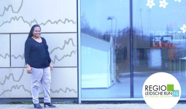 Shahaira Nicolina-Lesschen is moeder van twee kinderen, IT-er bij een grote bank én ze zet zich vol overgave in voor het organiseren van de avondvierdaagse in Leidsche Rijn. Foto: Hans Peter van Rietschoten