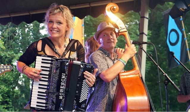 Balkanova is een muzikale belevenis  op Vaderdag tijdens de Zommermarkt in Silvolde. (foto: PR)
