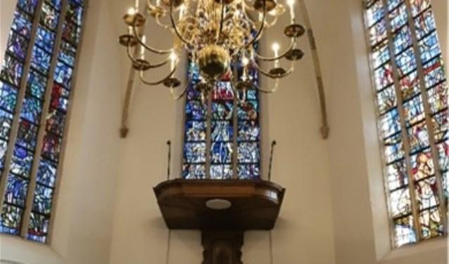 Interieur protestantse kerk in Hellendoorn de 'Oalen Griezen'. Foto dominee Wassenaar.