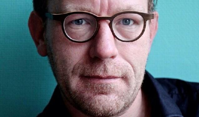 Provinciedichter Etwin Grootscholten zal met andere lokale dichters acte de présance geven.