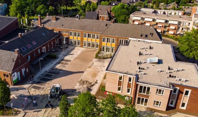 Eén van de nieuwe woonzorgcentra van Thuisgenoten is gelegen in het centrum van Haaksbergen, in de oude huishoudschool aan de Sterrebosstraat.