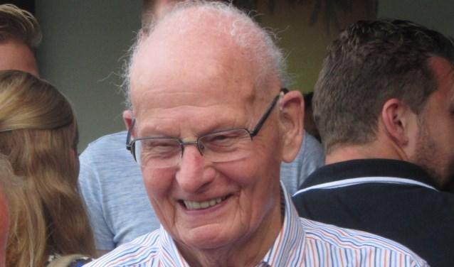 Toon Groenendaal werd benoemd tot erelid van de voetbalvereniging Sint-Michielsgestel.