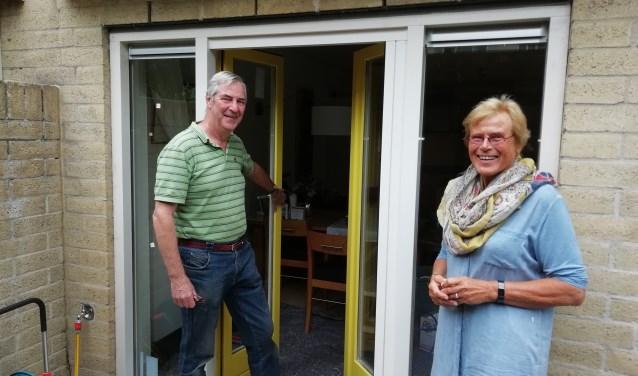 Bernadette van den Hoek verduurzaamt met medebewoners het appartementencomplex op Park Sparrendaal. FOTO: Marcel Bos