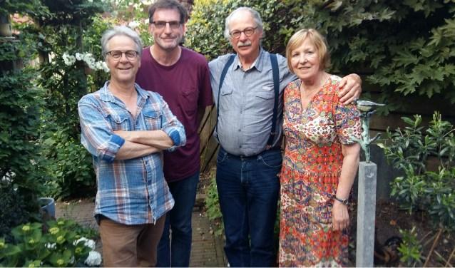 De Roosendaalse stadsdichters (v.l.n.r.) Eric van Deelen, Leo Lotterman, René Spruijt en Anneke Lips.