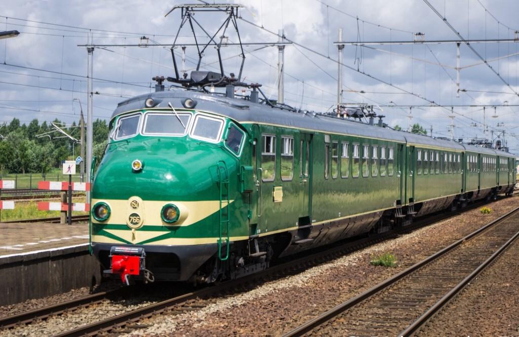 Nostalgische NS trein De Hondekop.