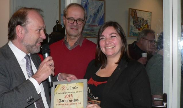 Jacky Silos werd twee jaar geleden gekozen tot politicus van het jaar. Die titel verzilverde zij nu met het wethouderschap.(Foto: Peter Spek)
