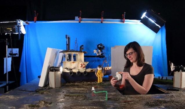Animatiestudent Fleur Sophie de Boer maakt stop-motion film 'Tides' voor examen HKU Media.