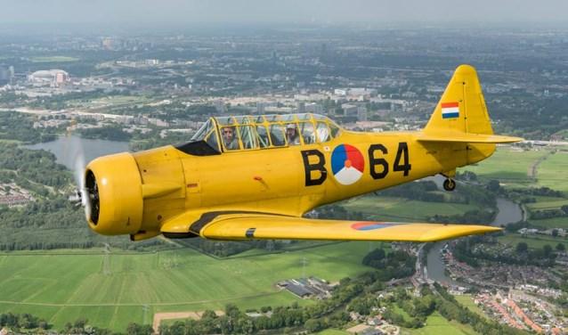Er zal een flyby plaatsvinden door een AT-16 'Havard' van de Koninklijke Luchtmacht Historische Vlucht.