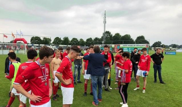 De teleurstelling is groot bij FC Drunen JO17. Een 2-0 voorsprong werd uit handen gegeven.
