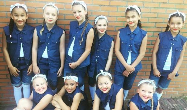 Dansteam Amaze werd vijfde bij de wedstrijd Shell we Dance.