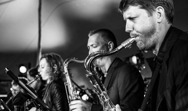 De Tilburg Big Band zie je op zondag in de Concertzaal.