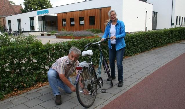 Ad Blok en Simone van Ee geven alvast een voorzetje. De Hulpdienst is er ook voor mensen die eenmalig hulp nodig hebben.