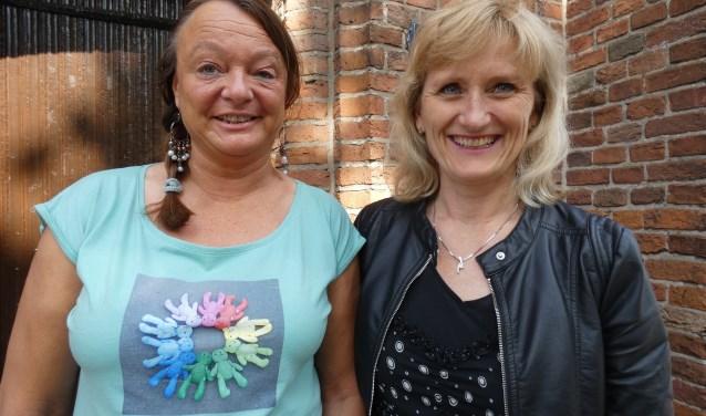 Brigitte Wendelgelst en Anja Bakker vonden elkaar voor Operation Bobbi Bear (Foto: Adriënne Nijssen)