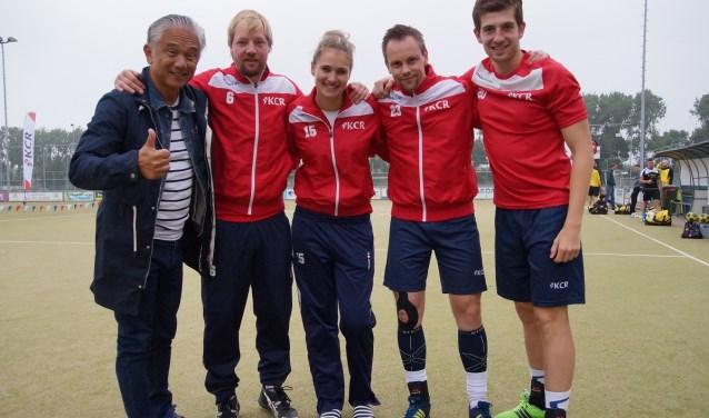 KCR neemt afscheid van coach Glenn de Vries en spelers Marcel Westerveld, Yvonne Hoogendoorn, John Mersie en Panagos Iliadis (Foto: Mike van Herwaarden)