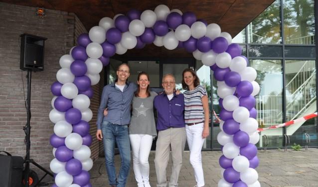 Het aftredende bestuur, v.l.n.r:  Gijsbert Duijzer,   Esther Akkerman, Cent Scherpenisse en Natalie Akkerman.