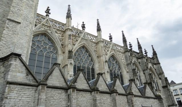 Het Rijk wil de komende jaren miljoenen stoppen in de restauratie van de Grote Kerk van Breda. FOTO: DANNY TOUW