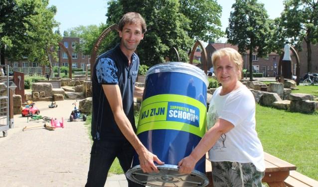 Martijn van Buuren en Carla Post zijn supporter van Nederland Schoon. (Foto: Lysette Verwegen)
