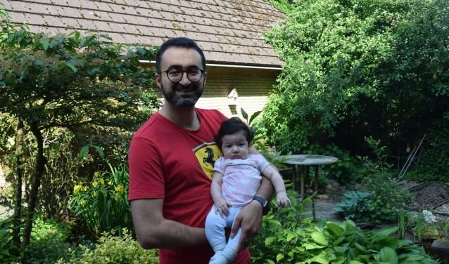 Sina Salim met zijn dochter Sara.