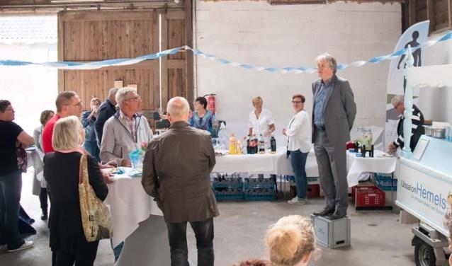 Voorzitter Johan Warnar bedankte de vrijwilligers voor hun inzet (Foto: PR)