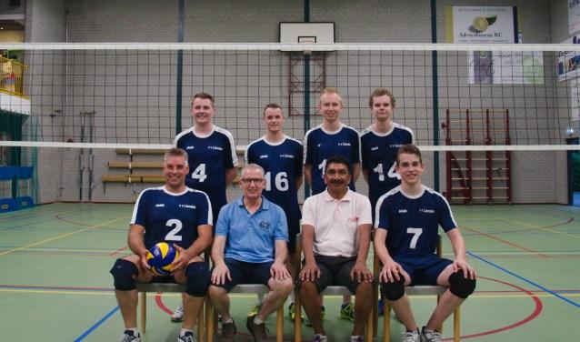 Volleyballers vv Lienden gepromoveerd