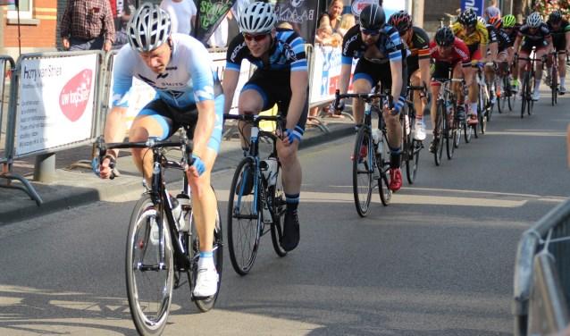 De renners in actie tijdens het kampioenschap Gilze-Rijen 2017 (foto: Ad de Bruijn)