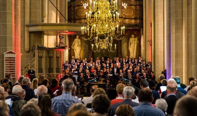 Het Groot Reformatiekoor is een gemengd koor onder leiding van Martin Zonnenberg.