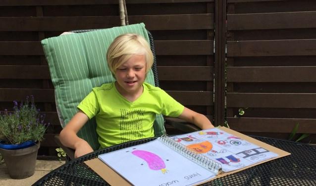 De negenjarige Jonathan Ooms is gek op strips en heeft een hoofd vol verhalen.