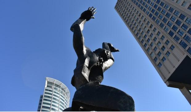 Museum Beelden aan Zee eert één van de grootste beeldhouwers Zakine, onder andere bekend van het beeld 'De Verwoeste Stad' in Rotterdam.