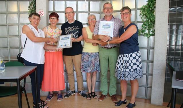 D 'Ontmoeting kreeg de Bruggenbouwers Award voor het fantastische werk dat zij doen. (Foto: PR)