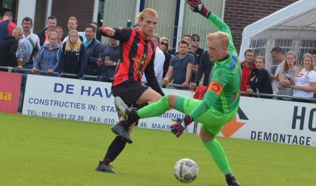 De Vlaardinse finale tegen Zwaluwen was Jimmy van der Vaarts laatste optreden in het rood-zwart van Deltasport. Hij bezorgde de eersteklasser met een fenomenale treffer een 2-1 voorsprong. (Foto: Klaas Bloem)