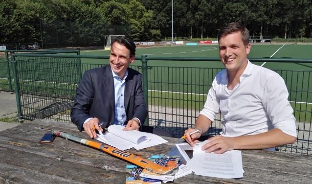 Donderdag 12 juli ondertekende Hockeyclub De Haaskamp een samenwerkingsovereenkomst met Kinderopvang SKDD.