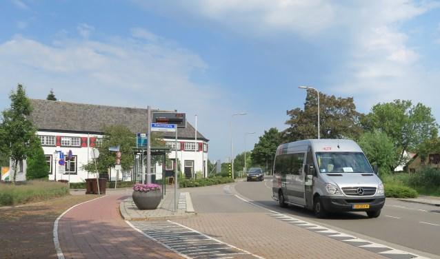Buiten de spits en in de weekenden is volgend jaar de buurtbus het enige openbaar vervoer in Rijsoord (Foto: GvS)