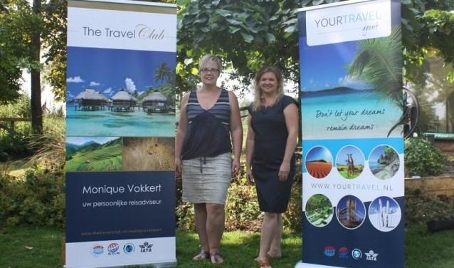 Monique Vokkert (links) en Rebekka Smalbrugge geven in het najaar verschillende informatieavonden over diverse reizen.
