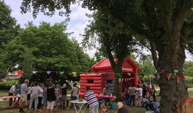 Jaarlijks houdt SIHVPa een picknick in het Vondelpark. Het evenement Zing Nederlands Met Me is nieuw voor Papendrecht.