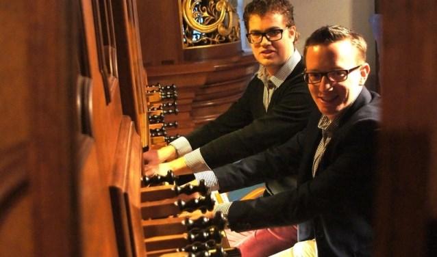 JP en Marien op het orgel (Foto: PR)