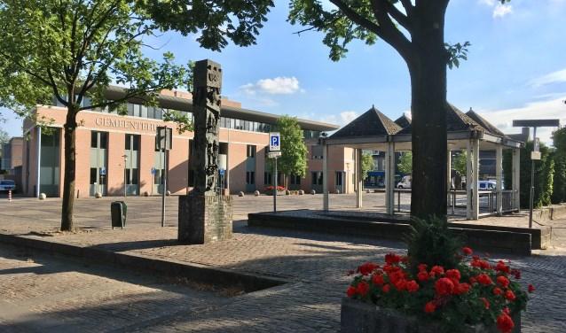 Het gemeentebestuur van Haaren wil voor de opsplitsing het Mgr. Bekkersplein vernieuwen. Dat gebeurt in 2019.