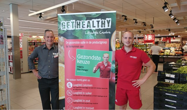 Links Jacco van Leuven en rechts Olav Pranger met de Gezondste Keuze banner